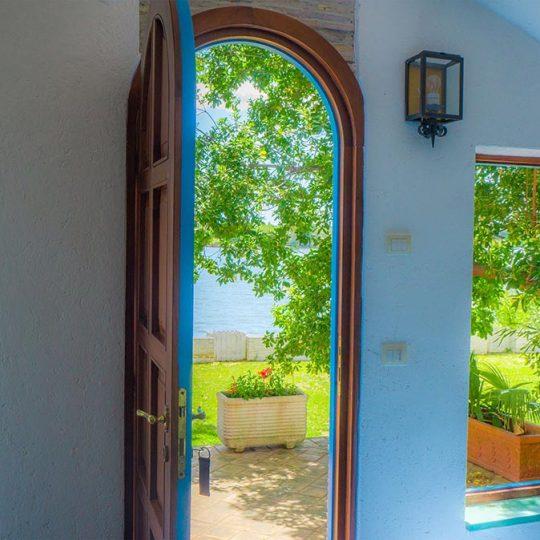https://www.baiadorosabaudia.it/wp-content/uploads/2017/02/sabaudia-hotel-sul-lago-Baia-Doro3-540x540.jpg